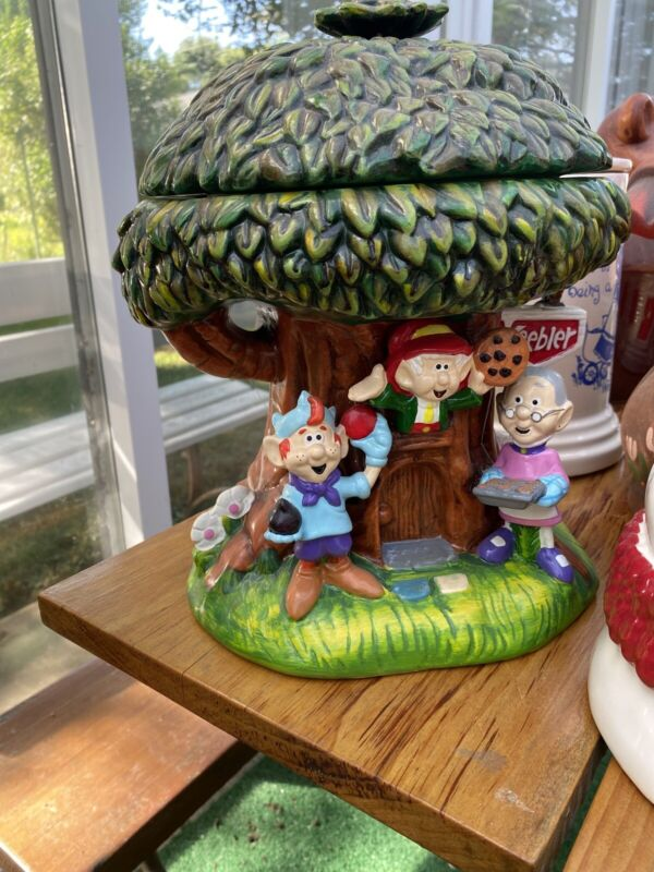 Beautiful Keebler Cookie Jar