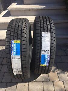 Pneus Michelin LTX 225 75 R16