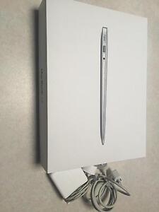 "Apple MacBook Air 13.3"" A1466 Laptop ( June, 2013 ) Joondalup Joondalup Area Preview"