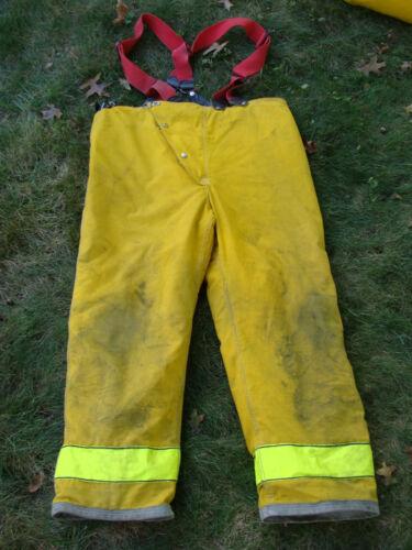 Globe Firefighters Pants Turnout Gear Fireman Size 44 Length 30 w/ Suspenders