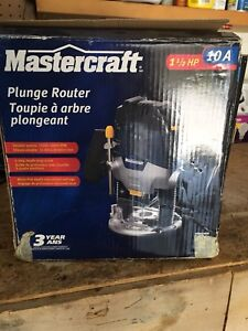 Master craft router and cutting bits