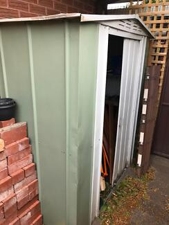 FREE - Garden shed - must collect by Wed 27 Sep