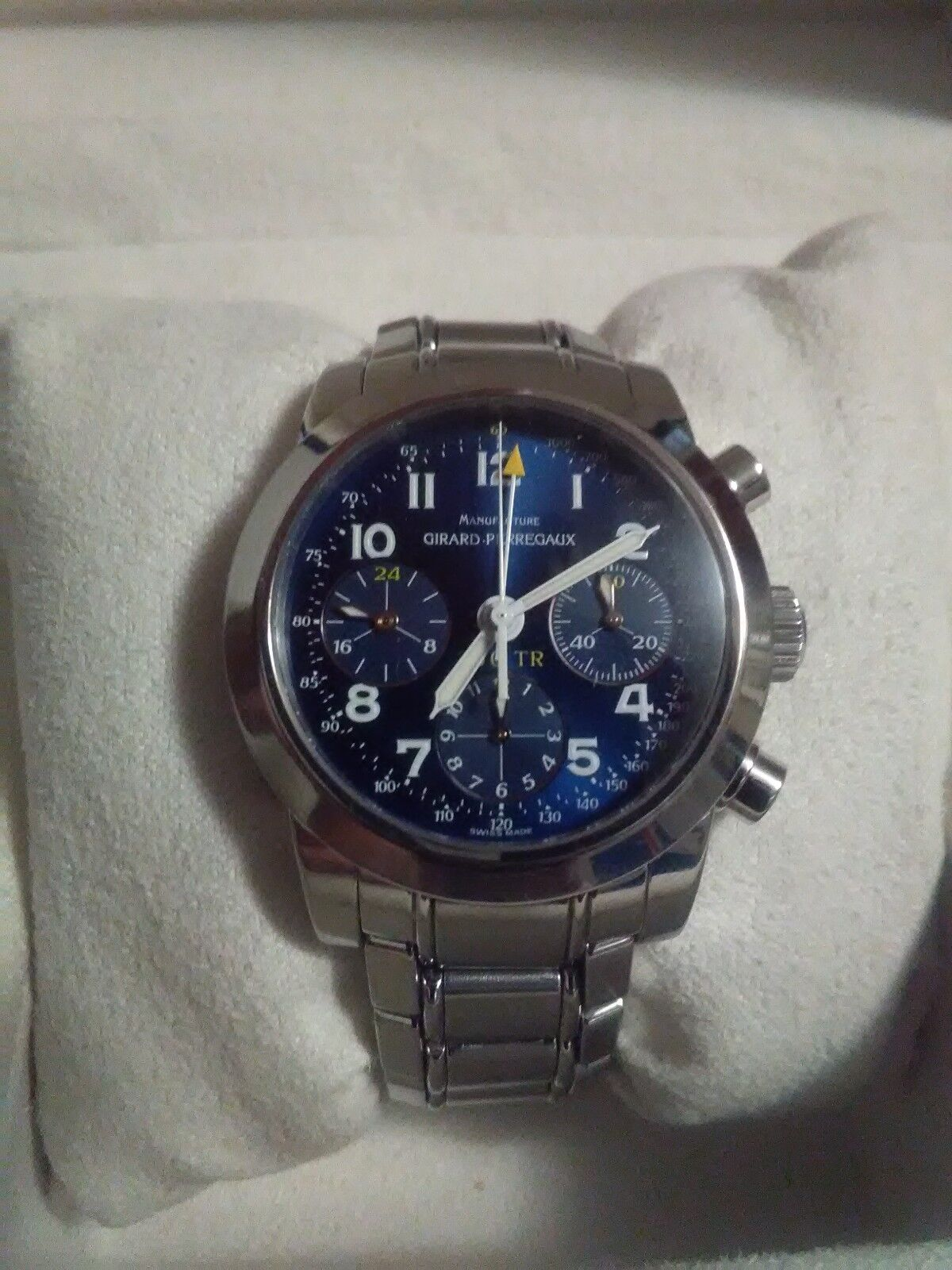 Girard Perregaux mens watch. Limited Edition 250TR Ferrari Testarossa N°278/2000 - watch picture 1