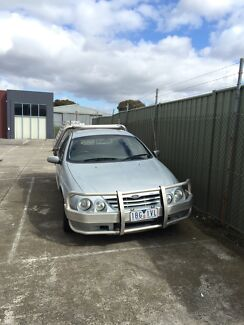 2001 au xr6 manual dual fuel  Campbellfield Hume Area Preview