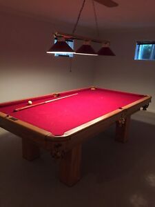 Beautiful Dufferin Pool Table, great condition