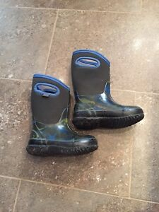 Bottes bugs taille 10 (26)