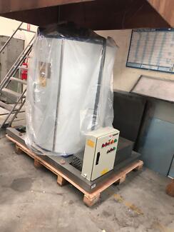 Ice Machine (Grant Flake Ice 10 ton)