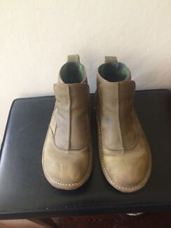 Leather boots sz 39 Clapham Mitcham Area Preview