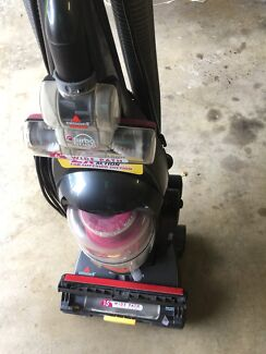 Bissell upright vacuum cleaner vgc