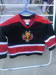Calgary flames size 5 jersey