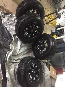 Black Iron Ranger wheels, rim and tires like new 6 lug