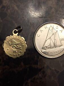 10k gold Virgo pendant
