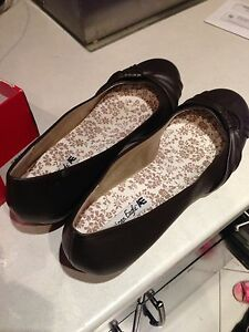 Brand new American eagle women shoes .size 12