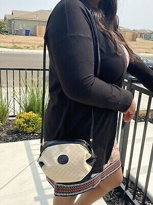 Gucci Tootsie Roll Crossbody Vintage Bag
