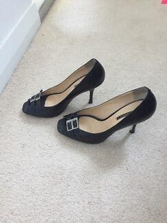 Wanted: Tony Bianco shoes 7.5