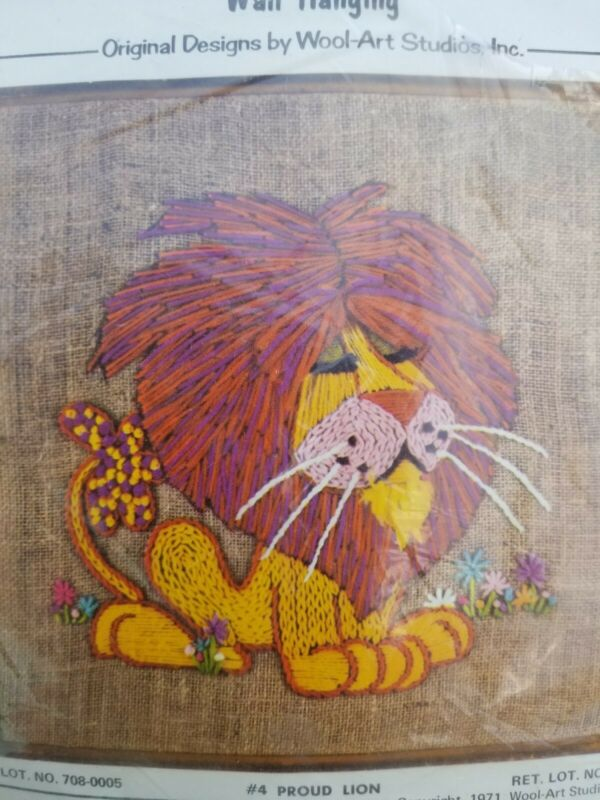 VTG 1971 CREWEL CREATURES LION 16x16 Wall Art KIT Wool-Art Studio NEW in Package