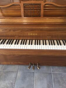 Yamaha piano - in great condition *** price reduced***