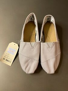 Tom's Women Shoes - Size 8