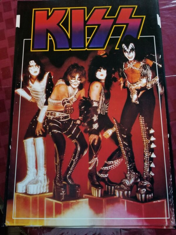 KISS LOGO AND GROUP SHOT POSTER