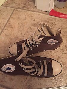 Converse All-Star youth brown high-top sneakers size 4.5