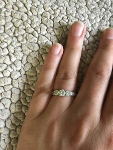 14K White Gold Engagement Ring- 1 Carat TDW