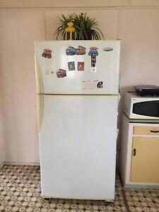 Westinghouse 530 lte frost free fridge Banyo Brisbane North East Preview
