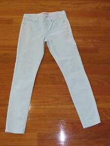 COUNTRY ROAD mint jeans ladies size 4 (Eqiv. to 6-8) EXC. COND.!! Morayfield Caboolture Area Preview