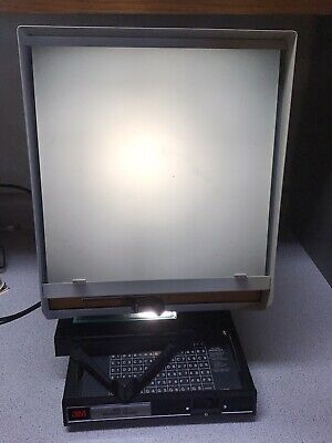 Vintage 3m 933-d Microfiche Microfilm Reader Tested And Working Free Shipping