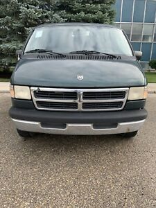 1995 Dodge Ram Van SLT 2500   * Must Sell *