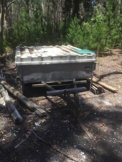 Pop top camper trailer