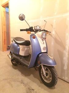 2012 Saga Scooter. Must See! Great Deal!