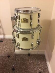 Pearl SSC Drums. 10/7 Rack Tom & 13/9 Floor Tom with Legs.