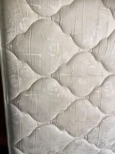 King Mattress ex cond ( delivery)