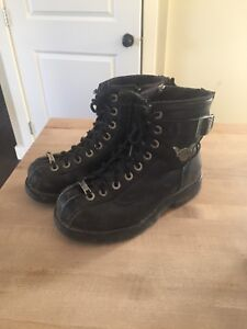 Ladies size 7 Harley boots