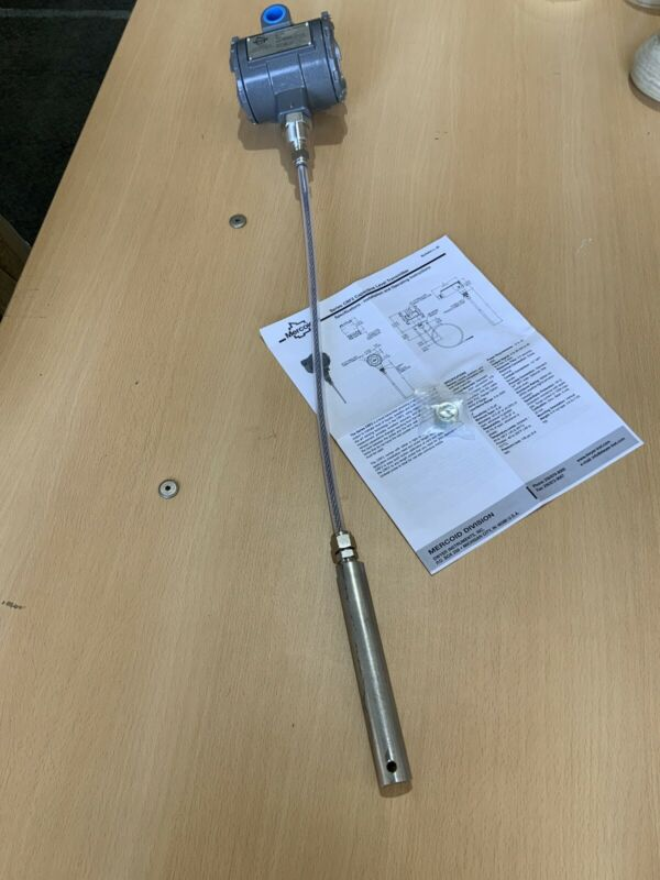 Mercoid CRF2, continuous level transmitter New, Open Box. D0