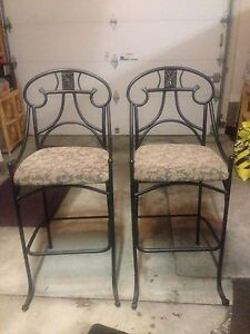 High Chairs/ Stools
