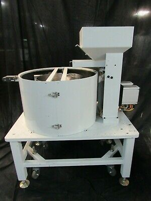 Feeder Dynamics 18 Vibratory Feeder Bowl With Dorner Conveyor