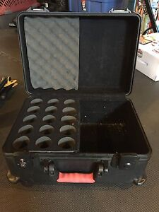 Gator mic case fits 15 Mics with storage at side