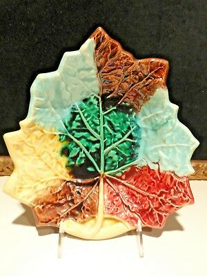 MAJOLICA MAPLE LEAF PLATE - LARGE - ANTIQUE - Great Colors!