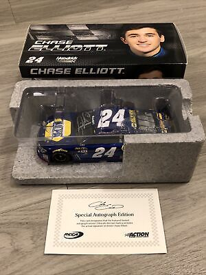 2016 Chase Elliott Autographed 1/24 Diecast #24 NAPA Rookie Car with COA Lionel