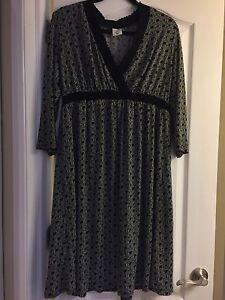 Motherhood Maternity Dress - XL