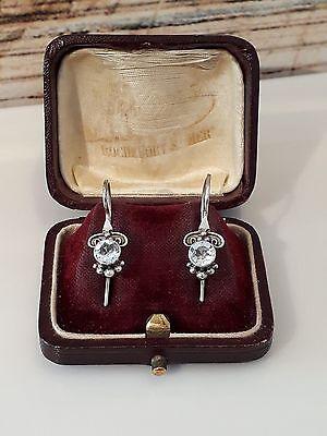 Traumhafte Ohrringe Silber 925, besetzt mit Blautopas, Meistermarke