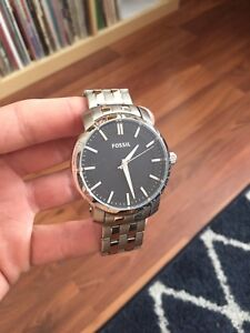 FOSSIL WATCH BRAND NEW - Modern Style