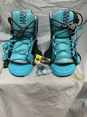 Liquid force plush wakeboard bindings size 4 to 7 blue and black (SC5 1699)