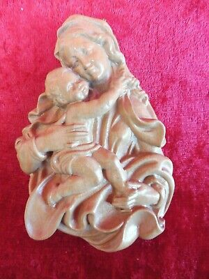 Pretty Wood Relief__Madonna__