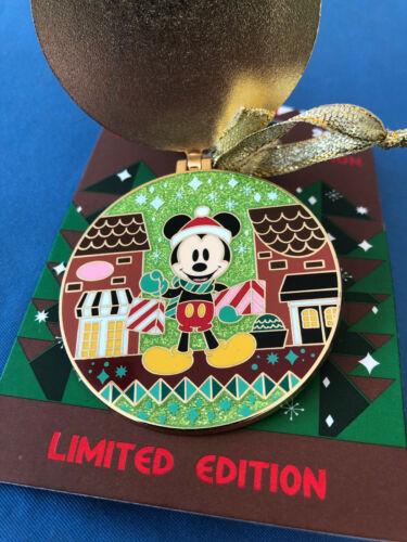MICKEY  Disney Pin BOARDWALK  GINGERBREAD 2020 Limited Edition  New on Card