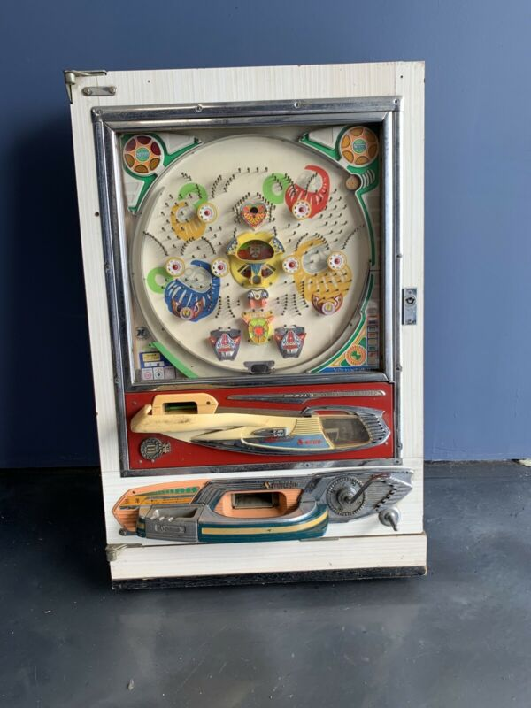 VINTAGE 1970s Japanese Pachinko machine