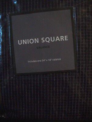 (UNION SQUARE Valance BED BATH BEYOND Purple plaid 54