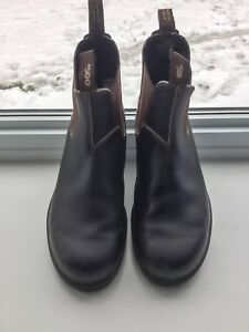 Blunstone Boots 13 men's worn once excellent condition