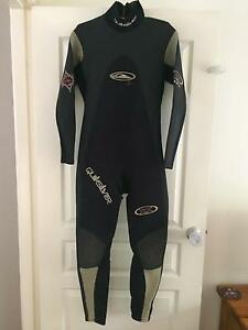 Wetsuit long men's Salamander Bay Port Stephens Area Preview